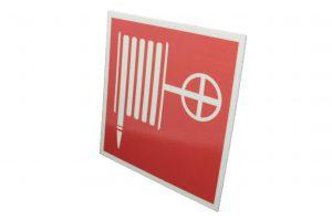 Сигнальный знак пожарной безопасности Пожарный кран