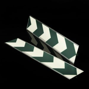 Фотолюминесцентная зелено-белая полоса С печатью стрелок